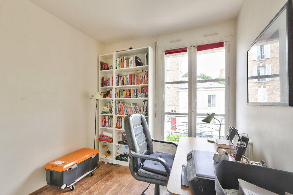 Appartement à vendre 4 90.45m2 à Versailles vignette-11