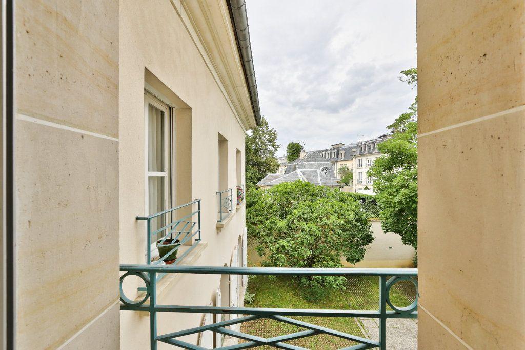 Appartement à vendre 4 90.45m2 à Versailles vignette-13