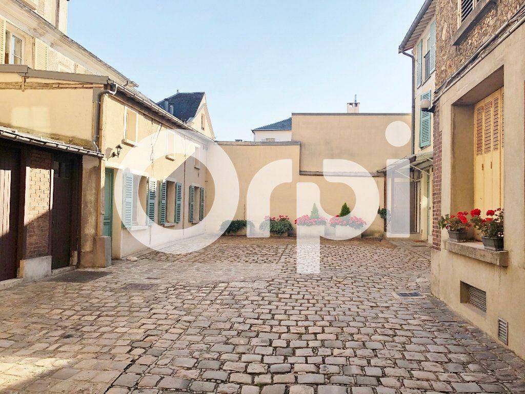 Appartement à louer 3 59.87m2 à Versailles vignette-11