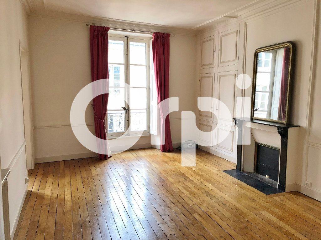 Appartement à louer 3 88m2 à Versailles vignette-4