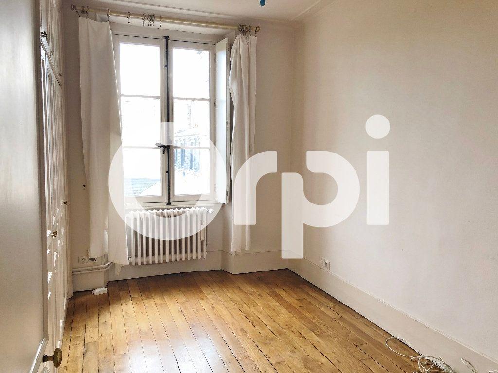 Appartement à louer 3 88m2 à Versailles vignette-6