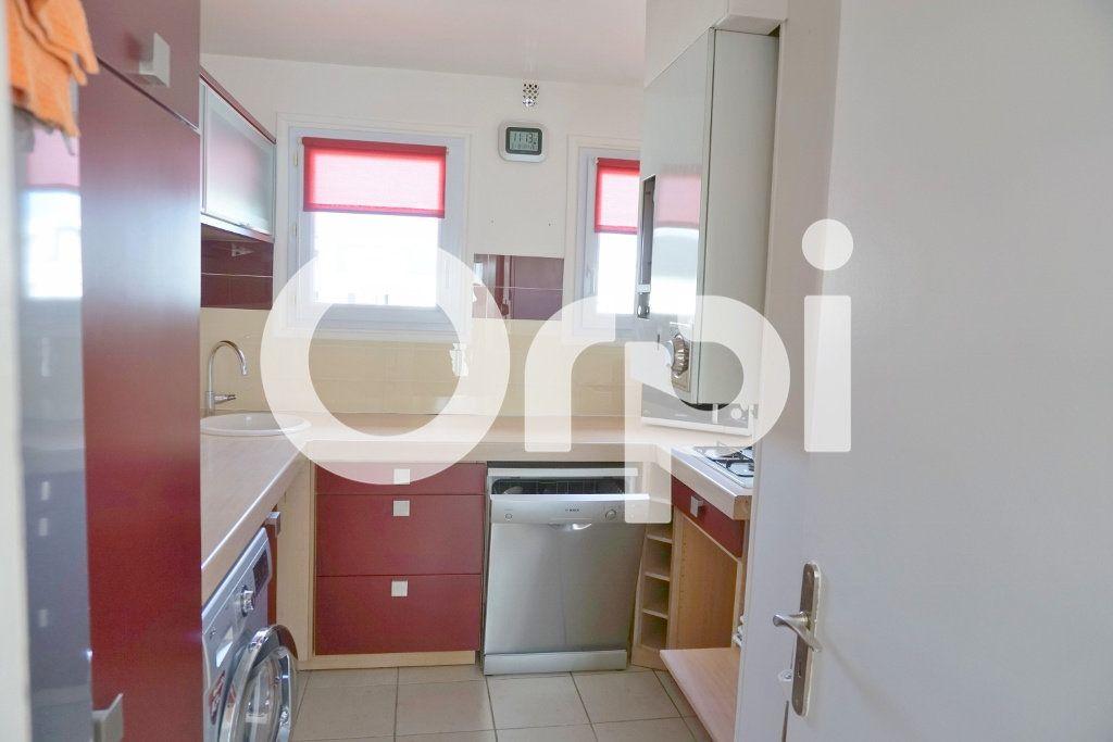 Appartement à louer 3 53.55m2 à Le Chesnay vignette-4