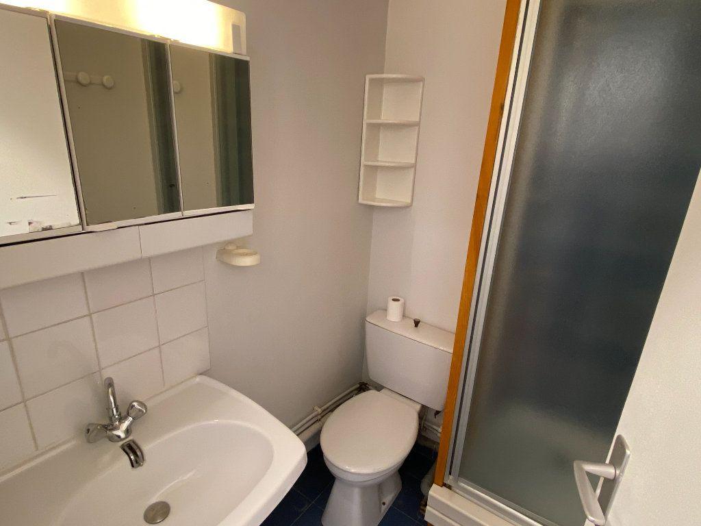 Appartement à louer 1 15m2 à Montpellier vignette-3