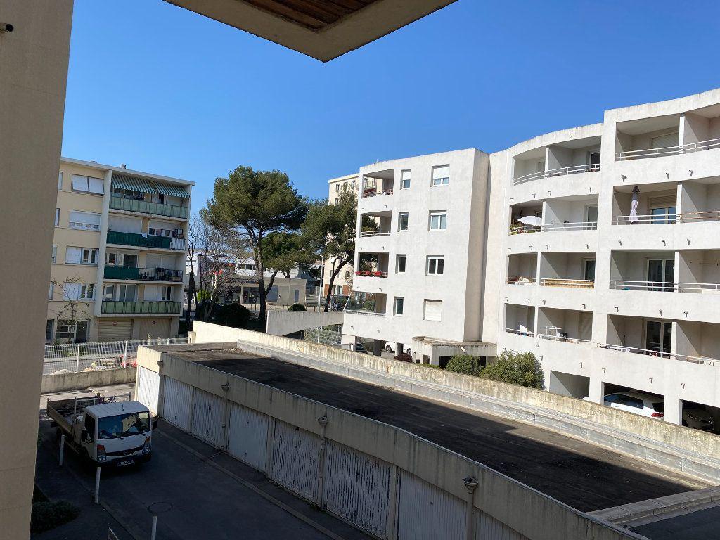 Appartement à louer 1 15m2 à Montpellier vignette-4