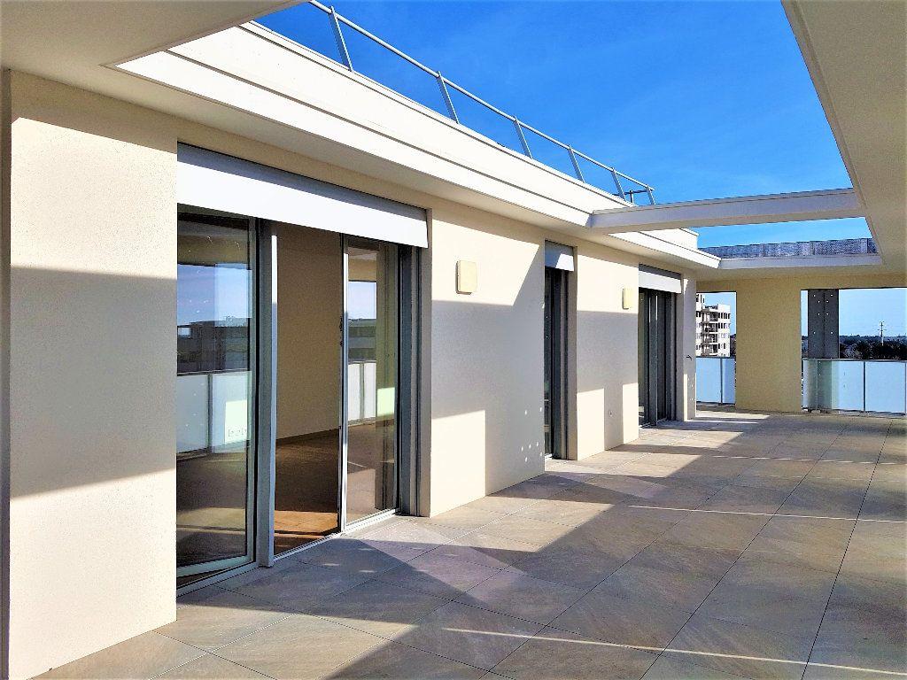 Appartement à vendre 5 156m2 à Castelnau-le-Lez vignette-1