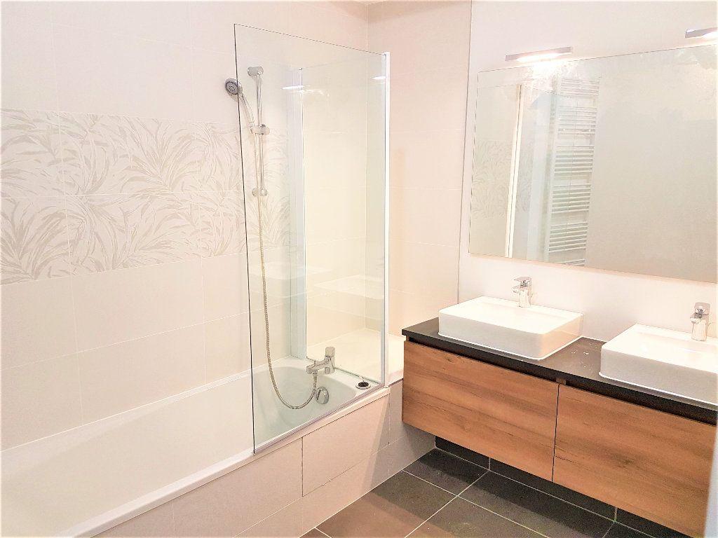 Appartement à vendre 5 156m2 à Castelnau-le-Lez vignette-4