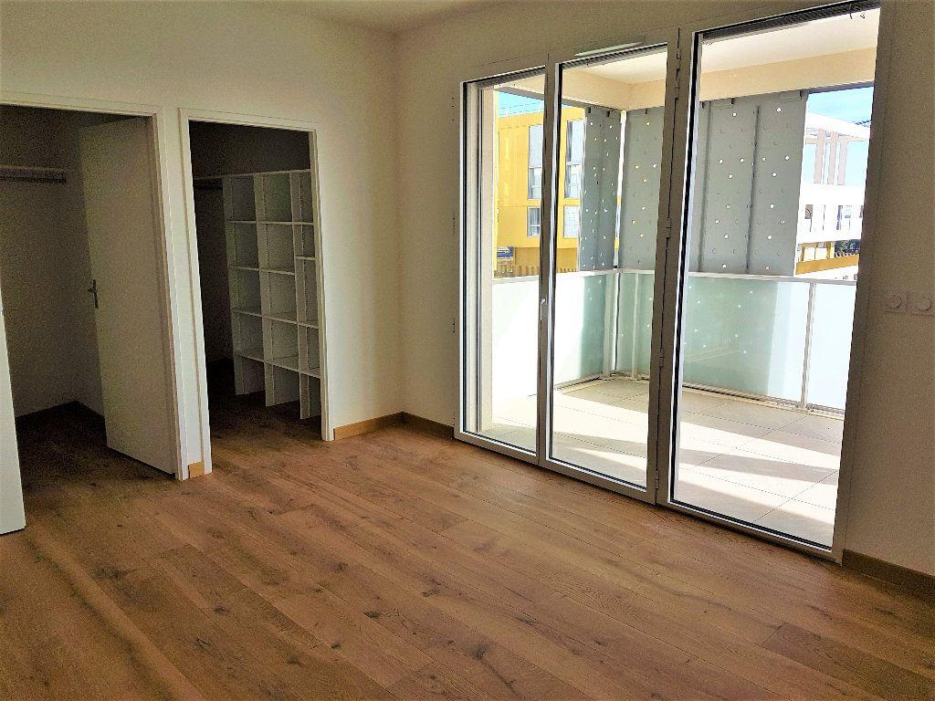 Appartement à vendre 5 156m2 à Castelnau-le-Lez vignette-5