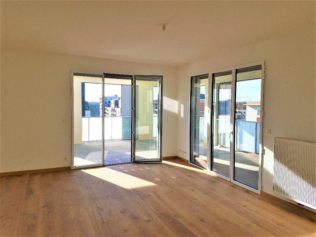 Appartement à vendre 5 156m2 à Castelnau-le-Lez vignette-9