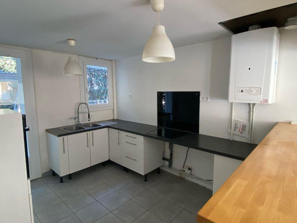 Appartement à louer 3 70.43m2 à Montpellier vignette-3