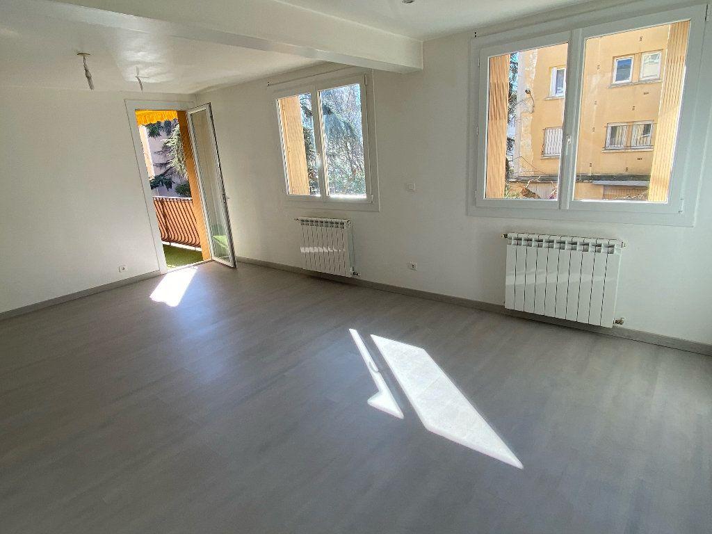 Appartement à louer 3 70.43m2 à Montpellier vignette-4