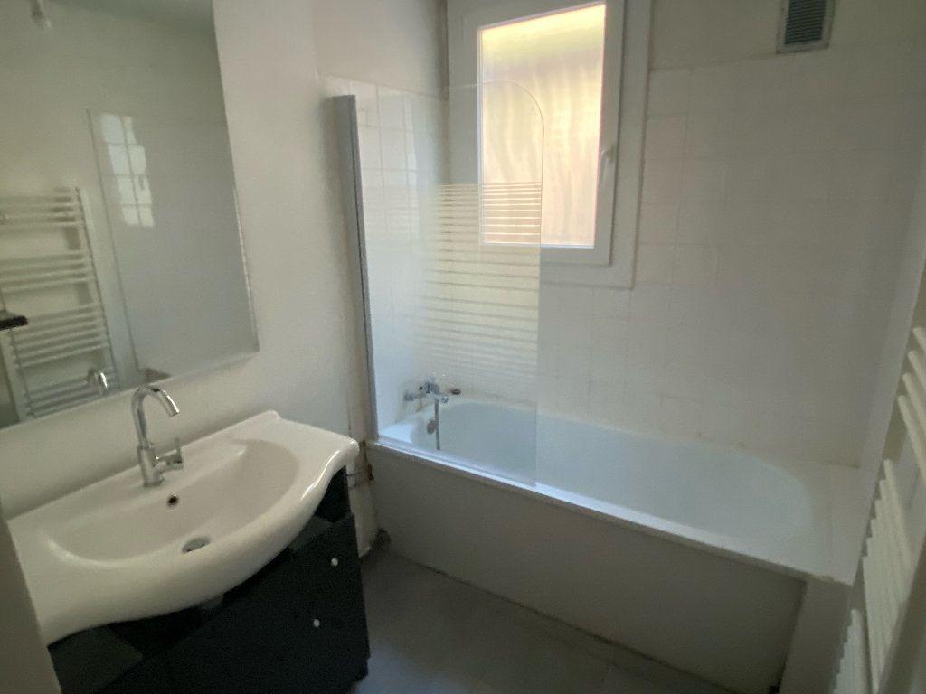 Appartement à louer 3 70.43m2 à Montpellier vignette-7