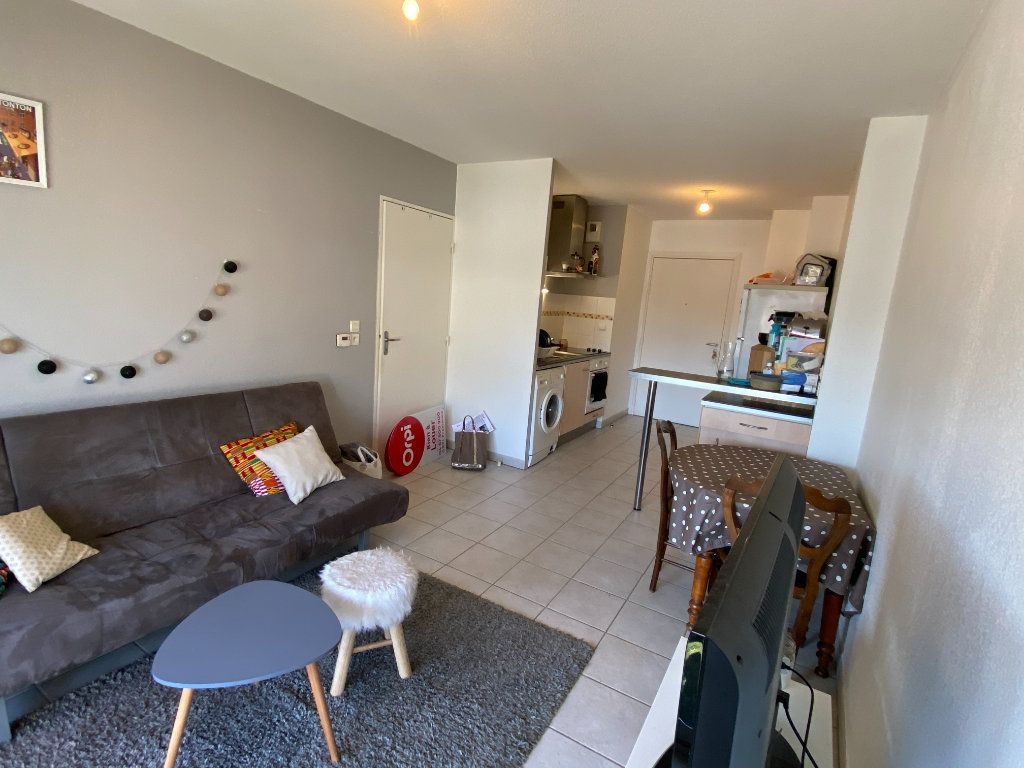 Appartement à louer 2 39.5m2 à Montpellier vignette-4