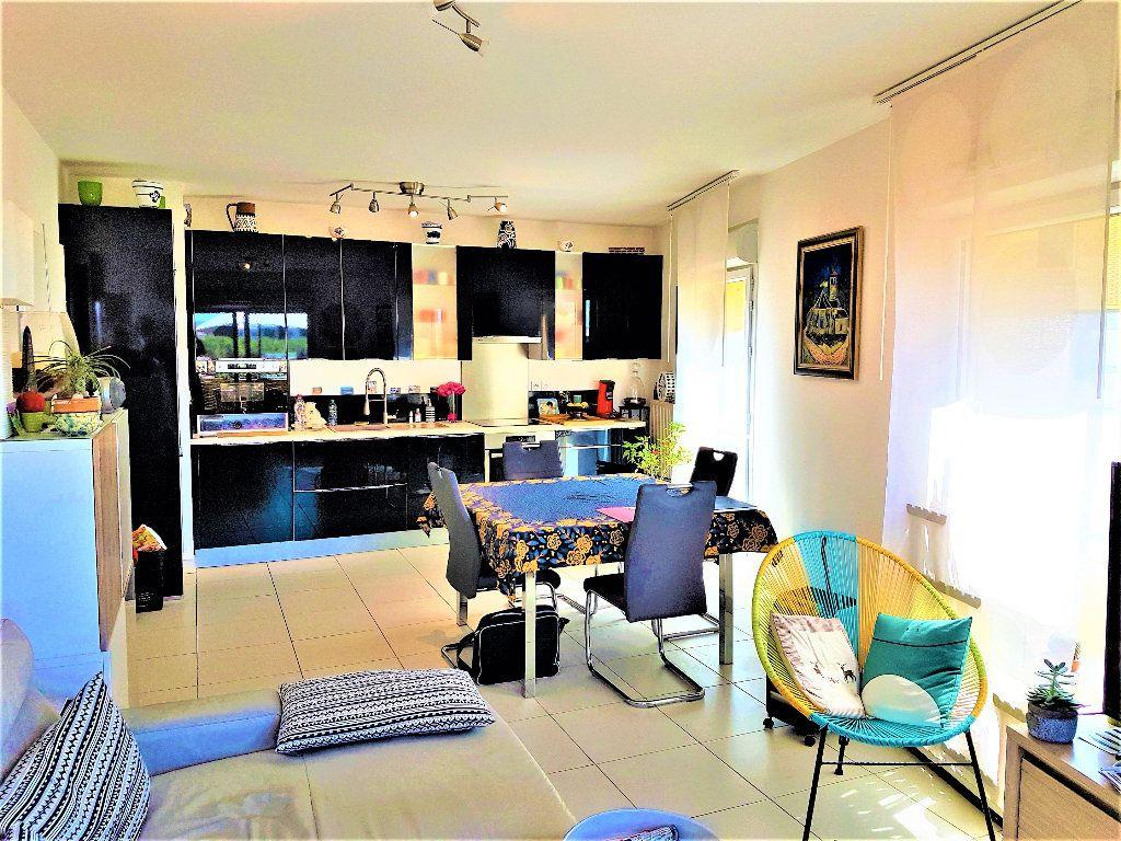 Appartement à vendre 3 65m2 à Montpellier vignette-2