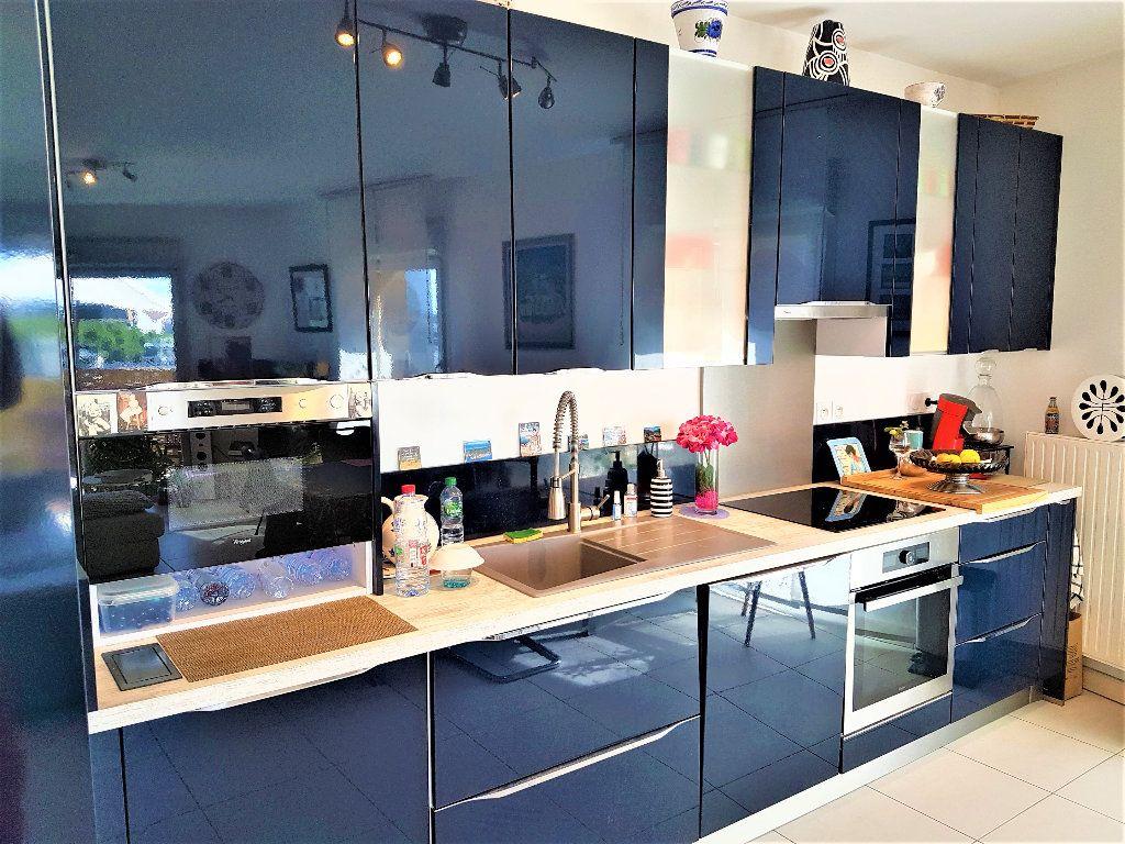 Appartement à vendre 3 65m2 à Montpellier vignette-4