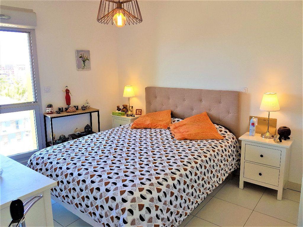 Appartement à vendre 3 65m2 à Montpellier vignette-6