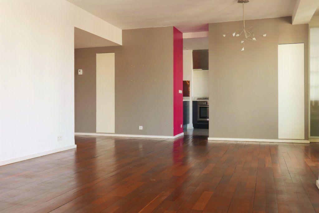 Appartement à louer 3 114.82m2 à Montpellier vignette-1