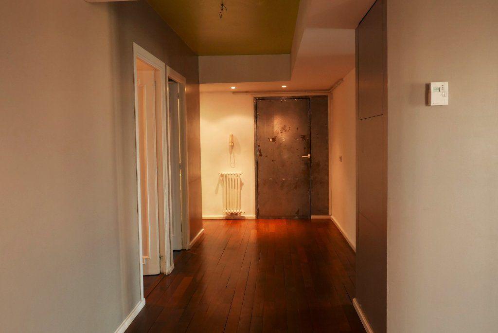Appartement à louer 3 114.82m2 à Montpellier vignette-6