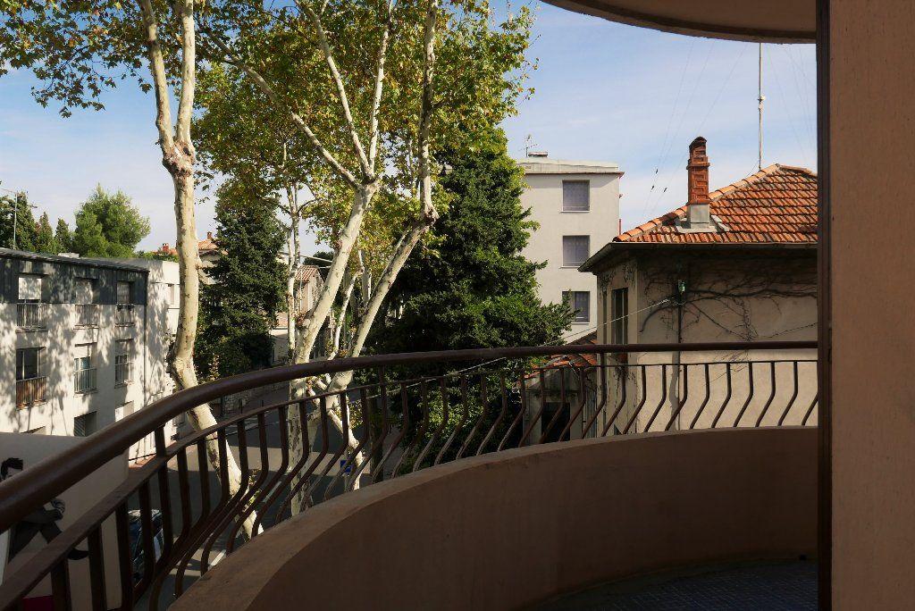 Appartement à louer 3 114.82m2 à Montpellier vignette-11
