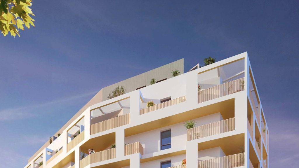 Appartement à vendre 5 122m2 à Montpellier vignette-3