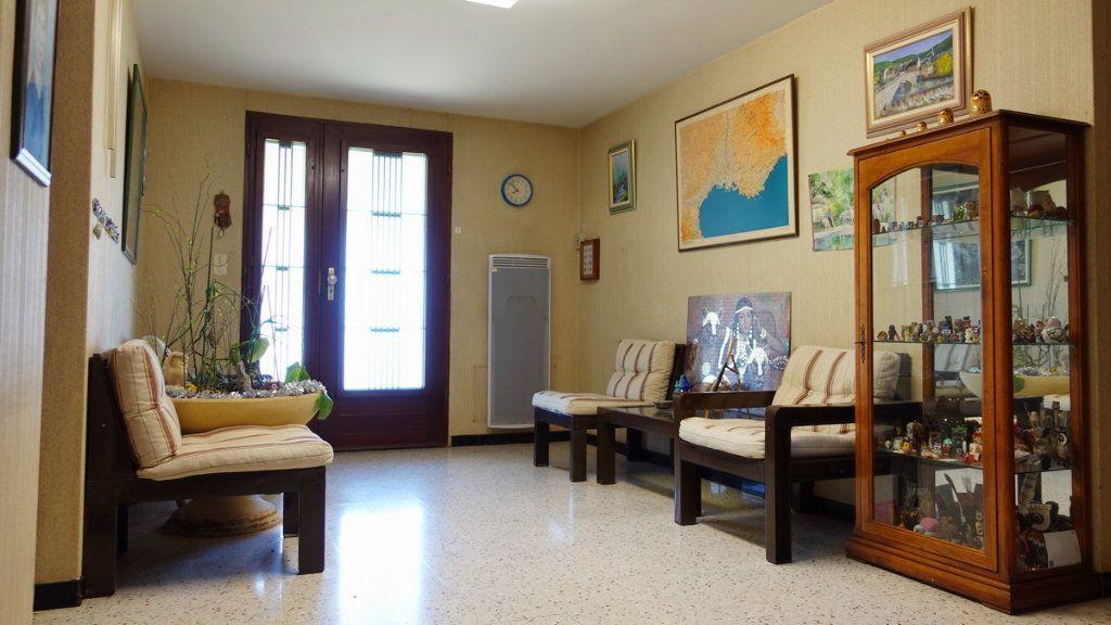 Maison à vendre 7 143.2m2 à Marsillargues vignette-4