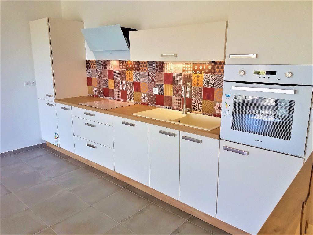 Appartement à vendre 3 69m2 à Castelnau-le-Lez vignette-2