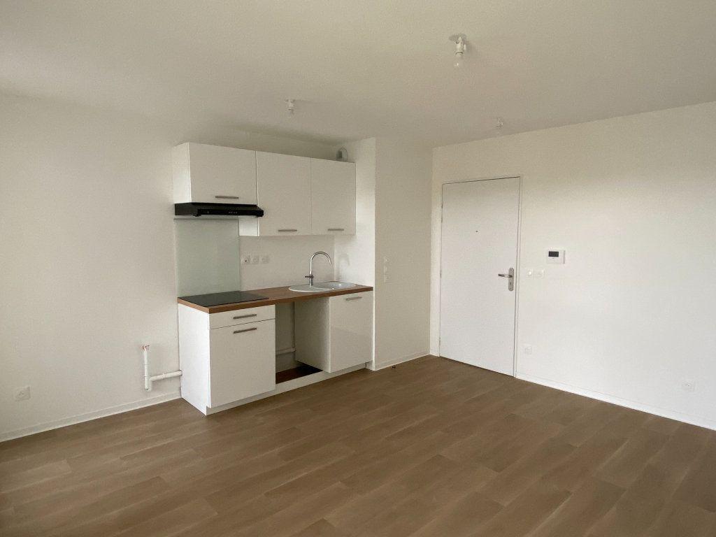 Appartement à louer 2 37.81m2 à Montpellier vignette-2