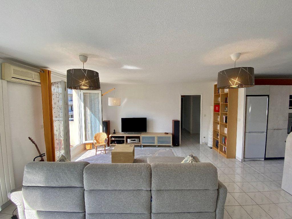 Appartement à vendre 5 121.8m2 à Montpellier vignette-12