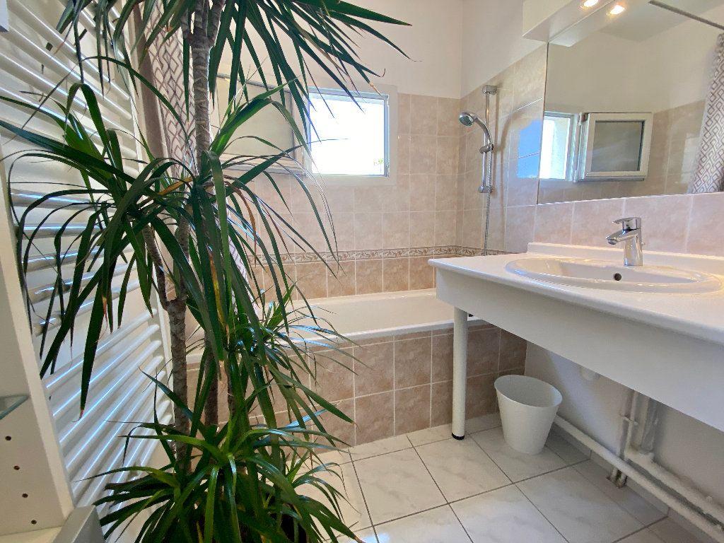 Appartement à vendre 5 121.8m2 à Montpellier vignette-14