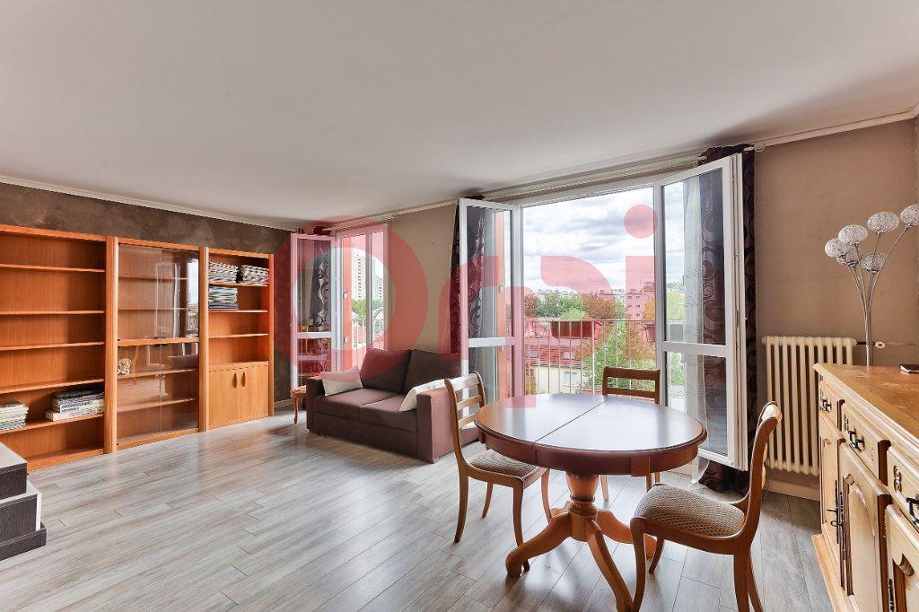Appartement à vendre 4 69.86m2 à Villejuif vignette-1