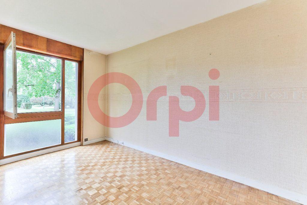 Appartement à vendre 3 62.42m2 à Villejuif vignette-9