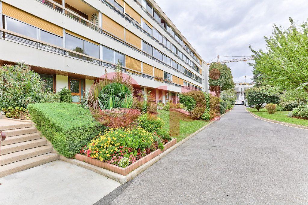 Appartement à vendre 3 62.42m2 à Villejuif vignette-11