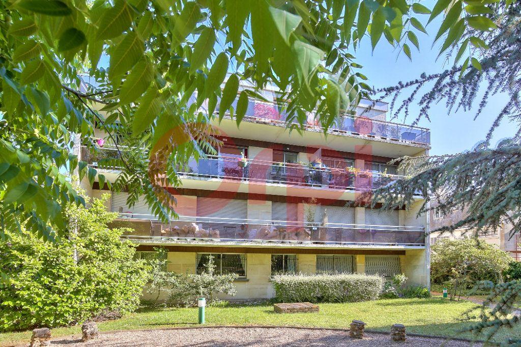 Appartement à vendre 2 53.47m2 à Villejuif vignette-10