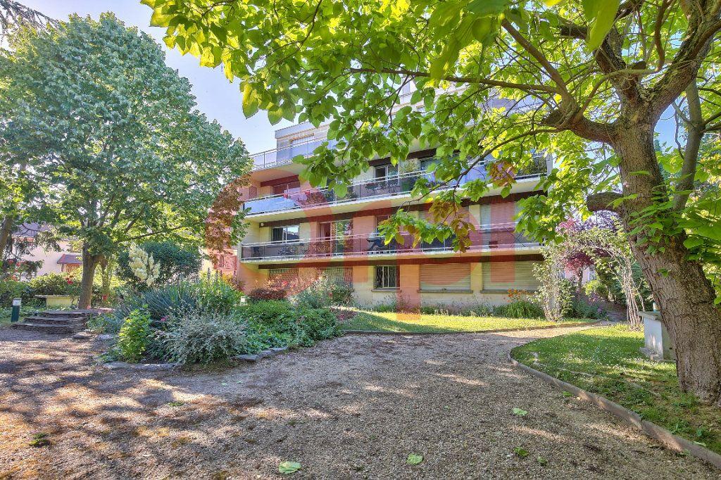 Appartement à vendre 2 53.47m2 à Villejuif vignette-11