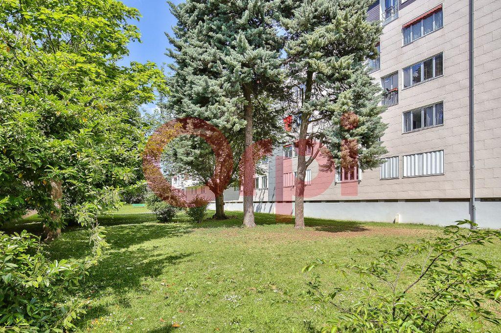 Appartement à vendre 3 50m2 à Villejuif vignette-8