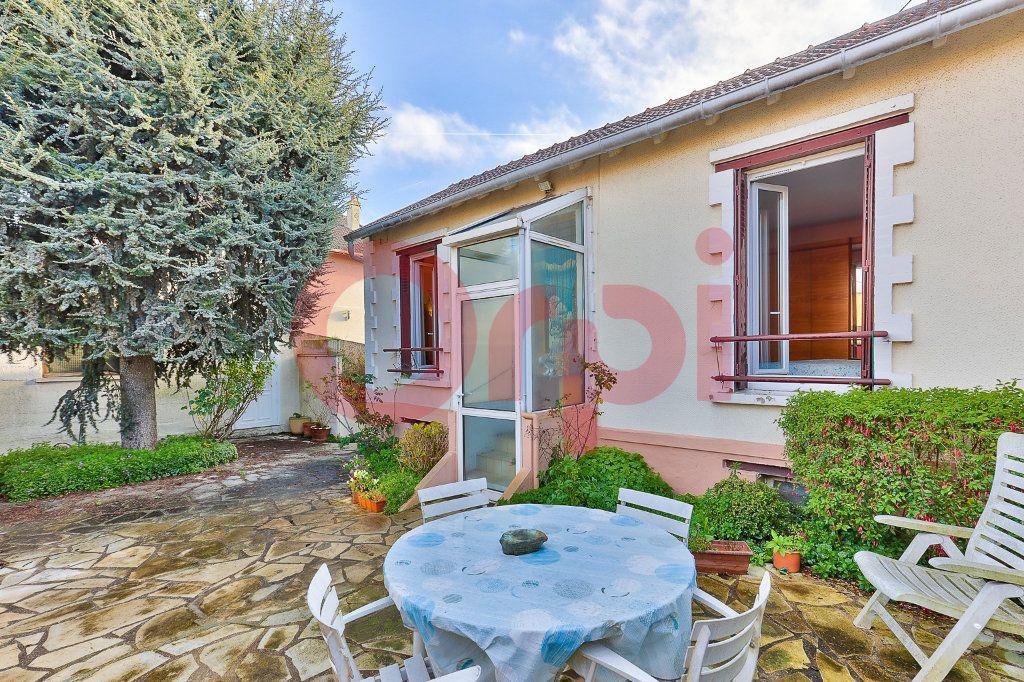 Maison à vendre 2 38m2 à Villejuif vignette-2