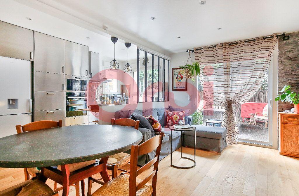 Appartement à vendre 4 72.07m2 à Villejuif vignette-1