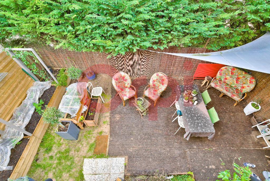 Appartement à vendre 4 72.07m2 à Villejuif vignette-10