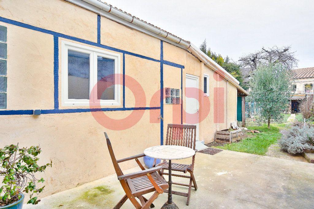 Maison à vendre 5 110m2 à Villejuif vignette-1