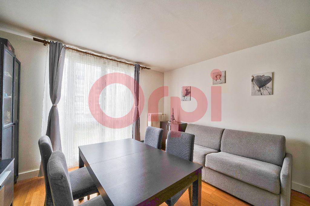 Appartement à vendre 3 56.7m2 à Villejuif vignette-2