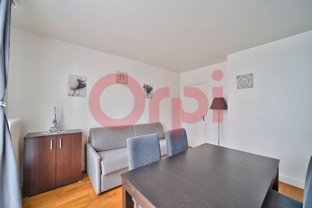 Appartement à vendre 3 56.7m2 à Villejuif vignette-4