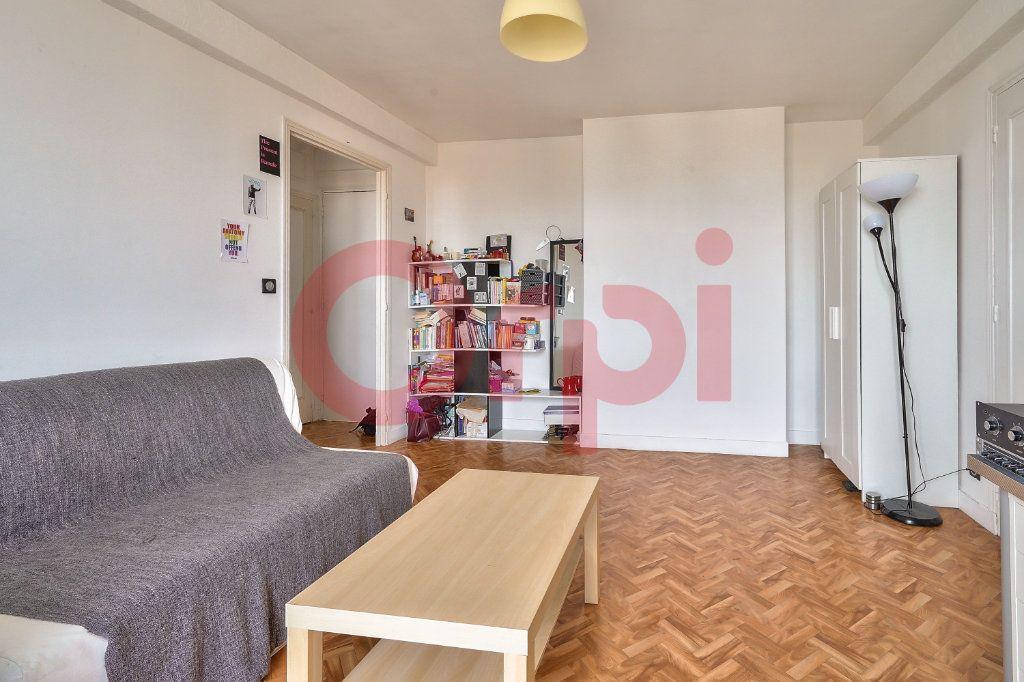 Appartement à vendre 2 42.59m2 à Villejuif vignette-3