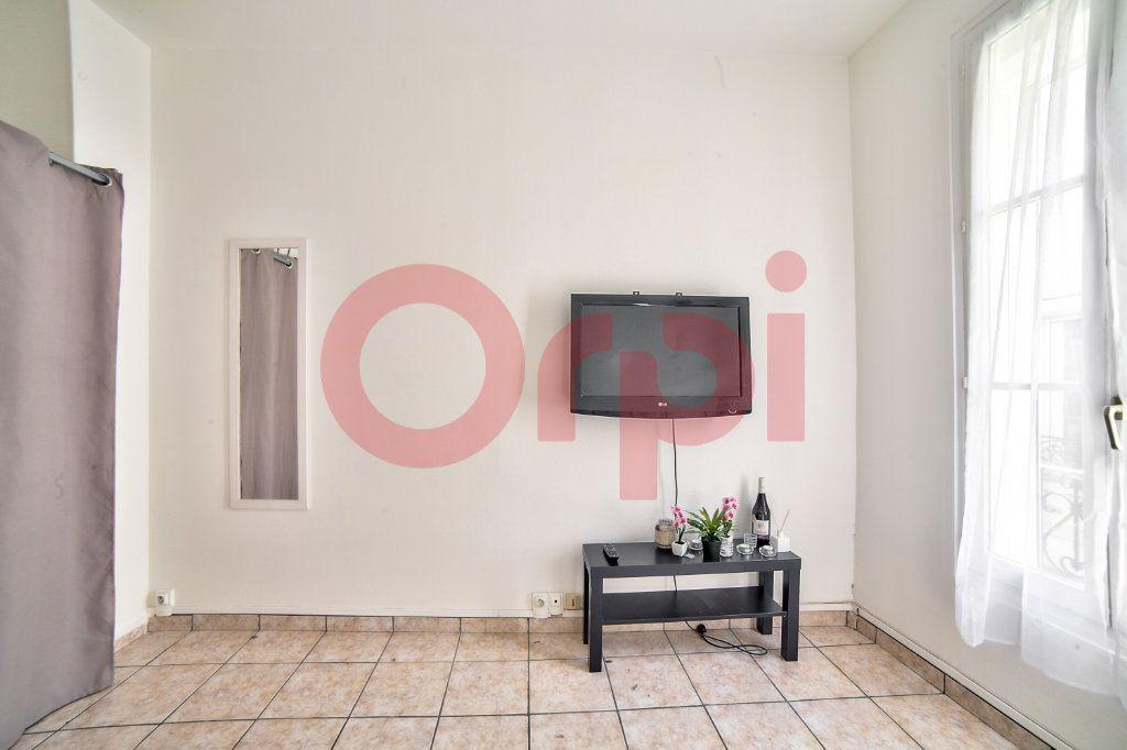 Appartement à vendre 1 20.21m2 à Villejuif vignette-2