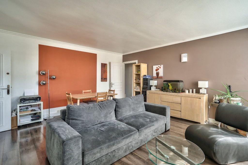 Appartement à vendre 3 65m2 à Villejuif vignette-3