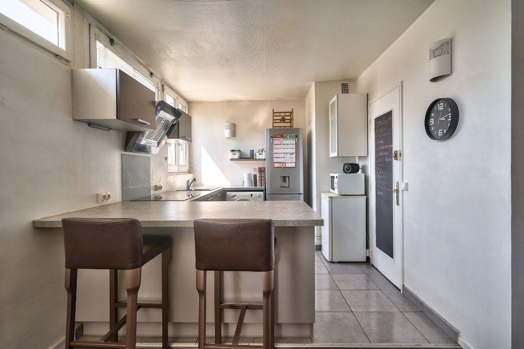 Appartement à vendre 3 65m2 à Villejuif vignette-5