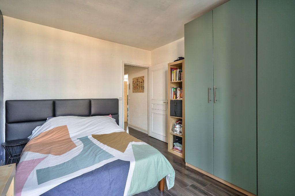 Appartement à vendre 3 65m2 à Villejuif vignette-8