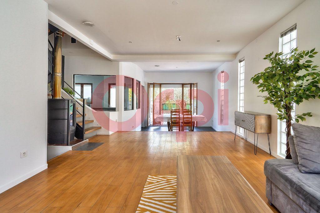 Maison à vendre 7 160m2 à Villejuif vignette-3