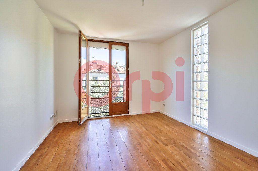Maison à vendre 7 160m2 à Villejuif vignette-15