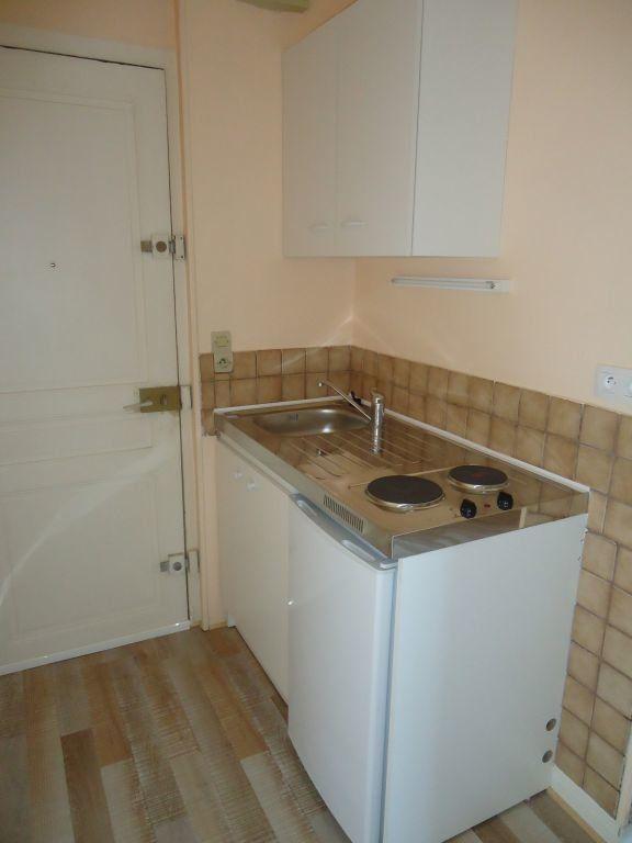 Appartement à louer 1 15.65m2 à Compiègne vignette-2