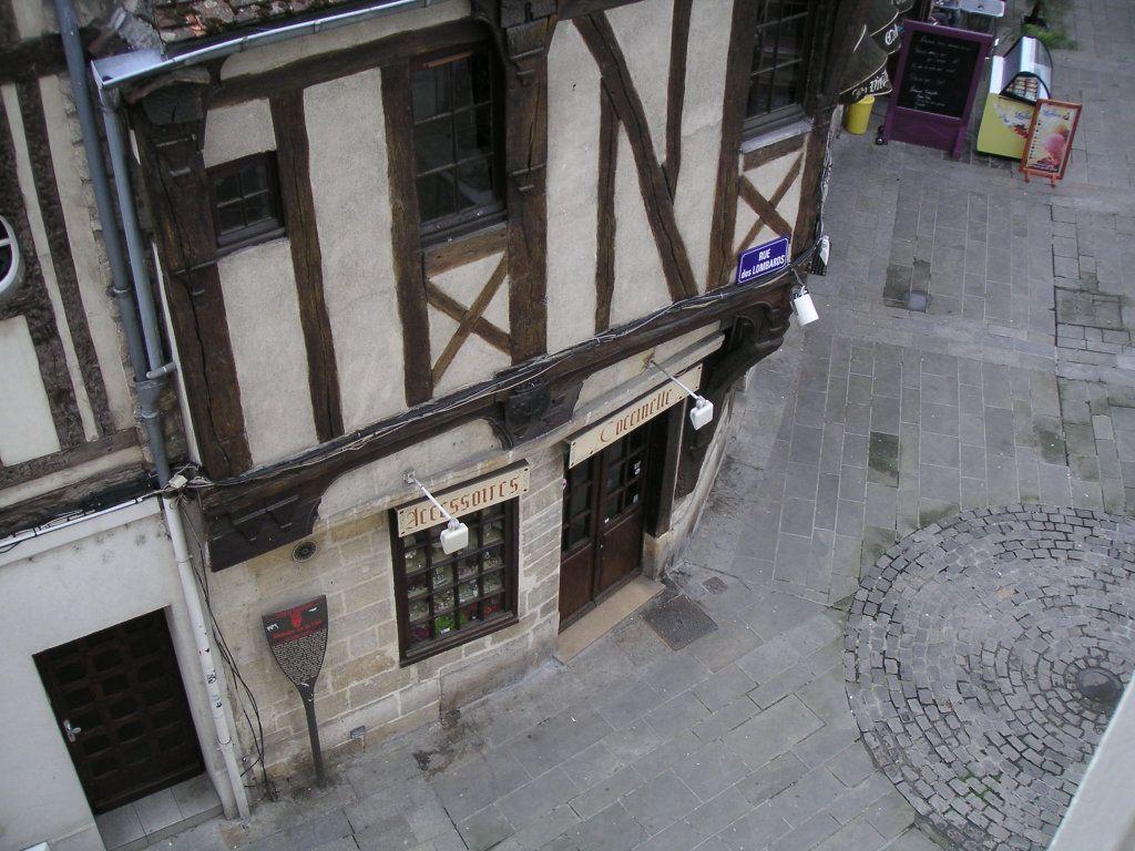 Appartement à louer 2 51.32m2 à Compiègne vignette-1