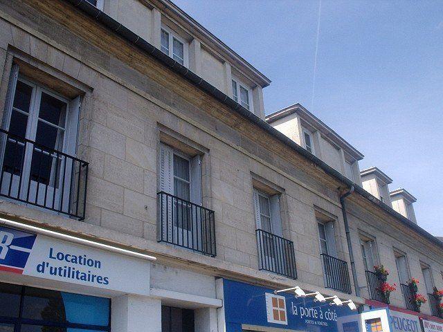 Appartement à louer 3 51.8m2 à Compiègne vignette-4